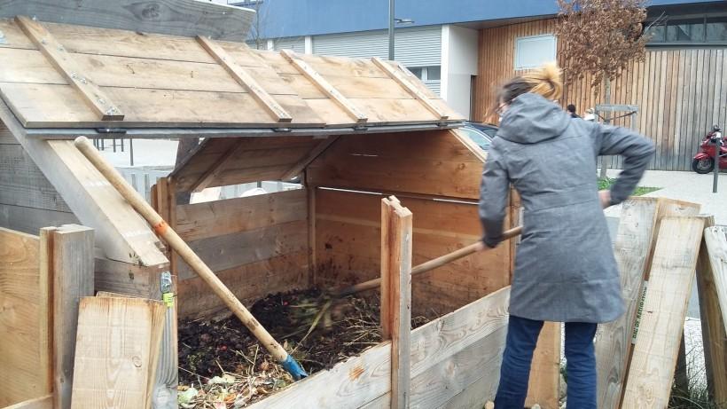 2016-02-09 Retournement compost (1)
